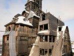 Zgârie-norul din lemn, împreună cu cele mai ciudate clădiri din lume - Articole