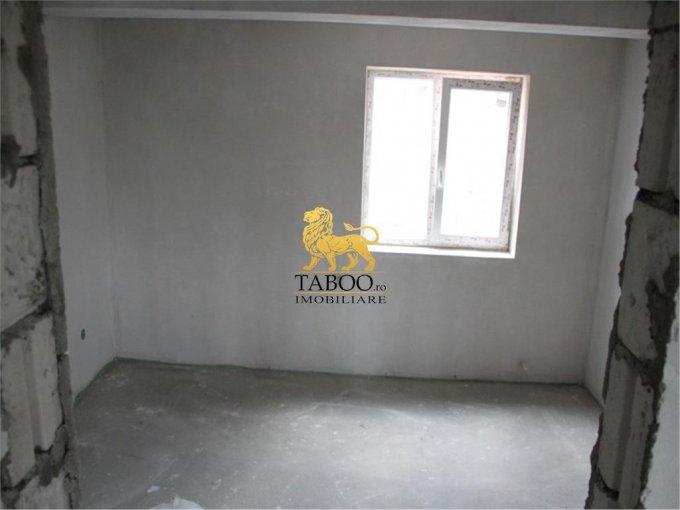 vanzare apartament semidecomandat, zona Drumul Petrestiului, orasul Sebes, suprafata utila 67 mp