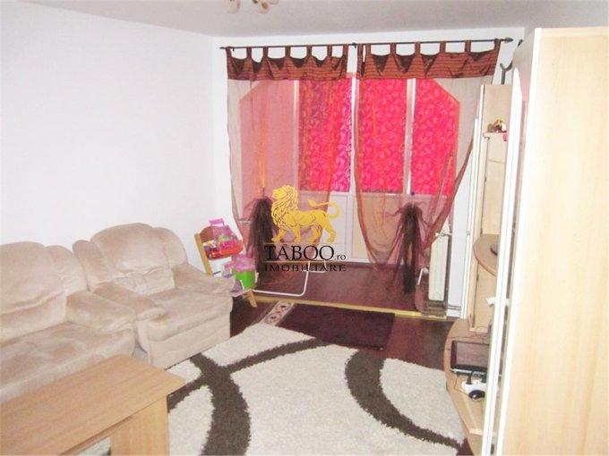 vanzare apartament cu 2 camere, decomandat, in zona Lucian Blaga, orasul Sebes