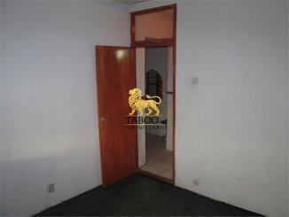 Apartament cu 2 camere de vanzare, confort 1, zona Lucian Blaga,  Sebes Alba