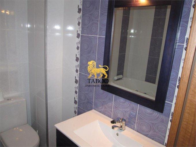 inchiriere apartament cu 2 camere, decomandat, in zona Drumul Petrestiului, orasul Sebes