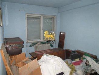 vanzare apartament semidecomandat, zona Lucian Blaga, orasul Sebes, suprafata utila 50 mp