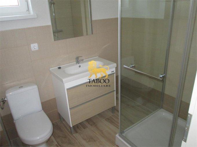 vanzare apartament decomandat, zona Drumul Petrestiului, orasul Sebes, suprafata utila 70 mp