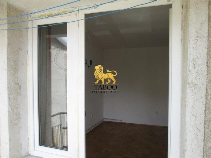 vanzare apartament decomandat, zona Lucian Blaga, orasul Sebes, suprafata utila 50 mp