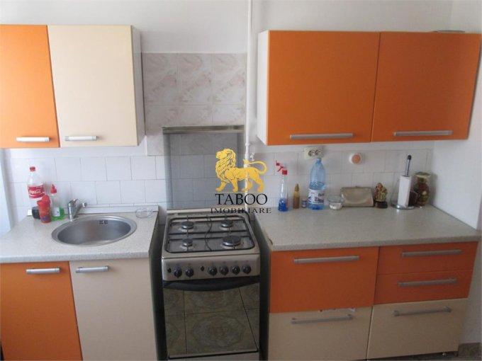 vanzare apartament cu 2 camere, decomandat, in zona Aleea Parc, orasul Sebes