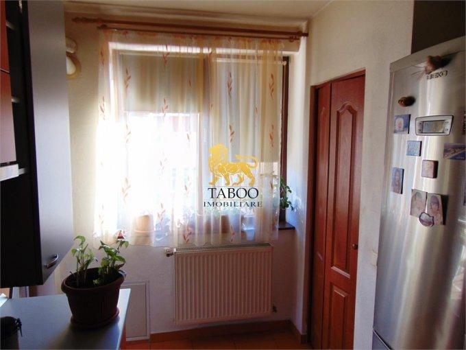 agentie imobiliara vand apartament decomandat, in zona Cetate, orasul Alba Iulia