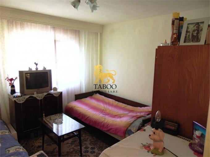 vanzare apartament cu 2 camere, semidecomandat, in zona Cetate, orasul Alba Iulia
