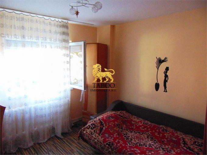 Apartament cu 2 camere de vanzare, confort 1, zona Ampoi 2,  Alba Iulia Alba
