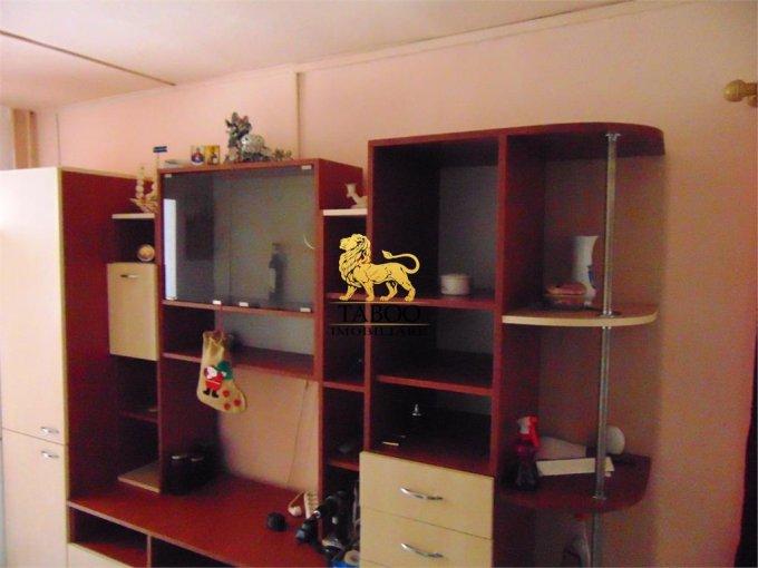 inchiriere apartament semidecomandat, zona Tolstoi, orasul Alba Iulia, suprafata utila 50 mp