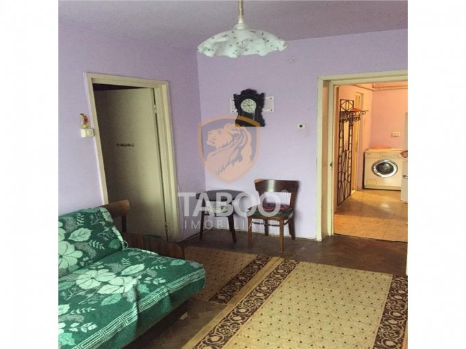 inchiriere apartament decomandat, orasul Sebes, suprafata utila 45 mp