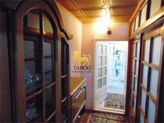 vanzare apartament cu 2 camere, decomandat, in zona Ampoi 1, orasul Alba Iulia