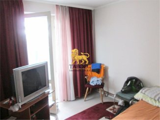 vanzare apartament decomandat, zona Lucian Blaga, orasul Sebes, suprafata utila 70 mp
