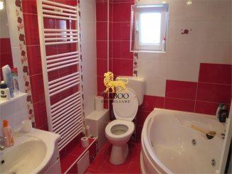 Alba Sebes, zona Aleea Parc, apartament cu 3 camere de vanzare