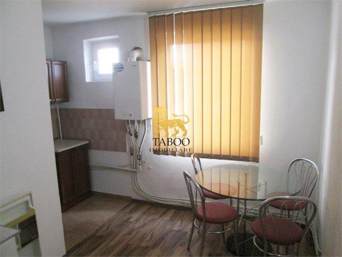 Alba Sebes, zona Lucian Blaga, apartament cu 3 camere de vanzare