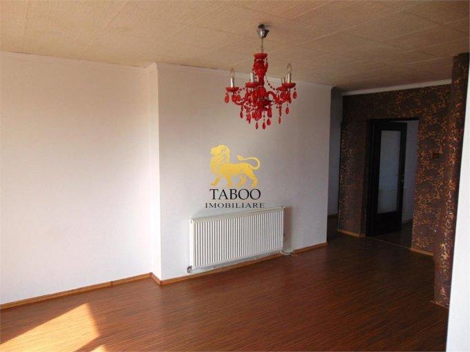 vanzare apartament cu 3 camere, semidecomandat, in zona Ampoi 3, orasul Alba Iulia