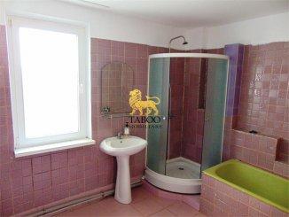 agentie imobiliara vand apartament semidecomandat, in zona Ampoi 3, orasul Alba Iulia