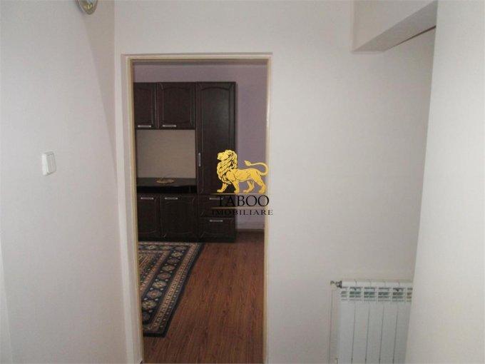 inchiriere apartament decomandat, zona Lucian Blaga, orasul Sebes, suprafata utila 68 mp