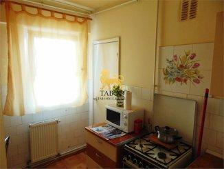 vanzare apartament decomandat, zona Tolstoi, orasul Alba Iulia, suprafata utila 68 mp
