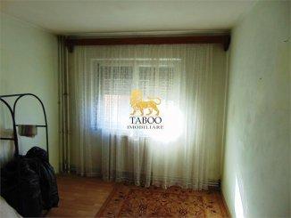 vanzare apartament cu 3 camere, decomandat, in zona Industriala, orasul Alba Iulia