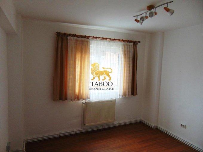 vanzare apartament decomandat, zona Ampoi 2, orasul Alba Iulia, suprafata utila 65 mp