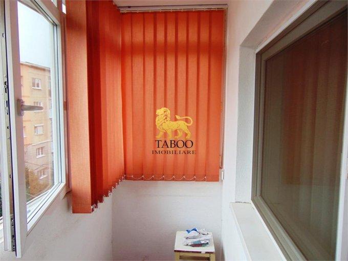 Apartament cu 3 camere de vanzare, confort 1, zona Ampoi 2,  Alba Iulia Alba