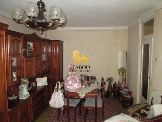 vanzare apartament decomandat, zona Lucian Blaga, orasul Sebes, suprafata utila 63 mp