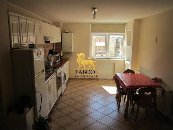 vanzare apartament cu 4 camere, decomandat, in zona Lucian Blaga, orasul Sebes