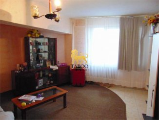 Apartament cu 4 camere de vanzare, confort 1, zona Ampoi 1,  Alba Iulia Alba