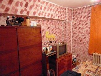 vanzare apartament decomandat, zona Ampoi 1, orasul Alba Iulia, suprafata utila 82 mp