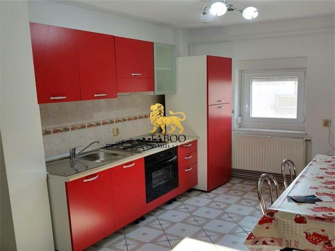 Apartament cu 4 camere de vanzare, confort 1, zona Aleea Parc,  Sebes Alba