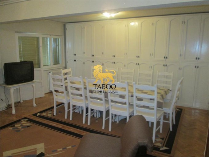 vanzare apartament decomandat, zona Aleea Parc, orasul Sebes, suprafata utila 85 mp