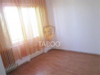 Apartament cu 4 camere de vanzare, confort 1, Sebes Alba