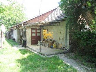Casa de vanzare cu 2 camere, in zona Periferie, Sebes Alba