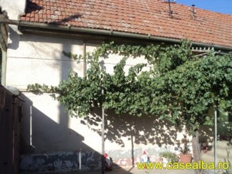Alba Teius, casa cu 3 camere de vanzare de la agentie imobiliara