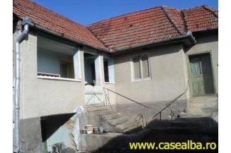 Casa de vanzare cu 3 camere, Cricau Alba