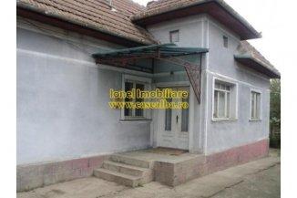 vanzare casa cu 3 camere, zona Centru, orasul Alba Iulia, suprafata utila 801 mp