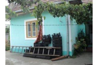 Alba Alba Iulia, zona Cetate, casa cu 3 camere de vanzare de la agentie imobiliara