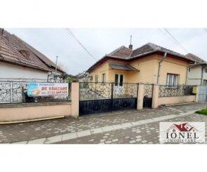 vanzare casa cu 3 camere, orasul Alba Iulia, suprafata utila 70 mp