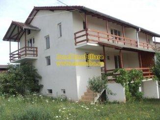 Alba Alba Iulia, zona Cetate, casa cu 4 camere de vanzare de la agentie imobiliara
