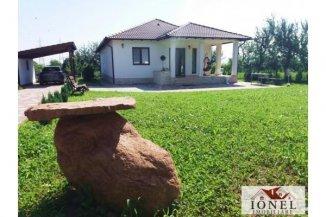 agentie imobiliara vand Casa cu 4 camere, orasul Alba Iulia