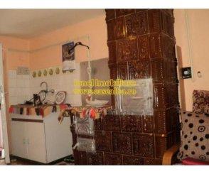 Alba Coslariu, casa cu 6 camere de vanzare de la agentie imobiliara
