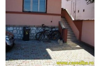 vanzare casa de la agentie imobiliara, cu 6 camere, in zona Cetate, orasul Alba Iulia