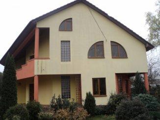 vanzare vila de la agentie imobiliara, cu 1 etaj, 4 camere, orasul Aiud