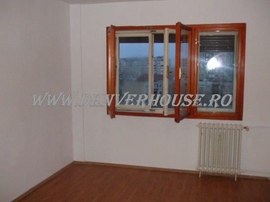 agentie imobiliara vand apartament decomandat, in zona Barbu Vacarescu, orasul Arad