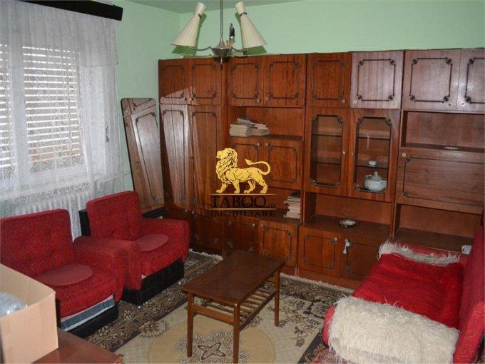 Apartament cu 2 camere de vanzare, confort 1, zona Podgoria,  Arad