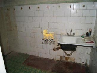 Apartament cu 2 camere de vanzare, confort 1, Arad