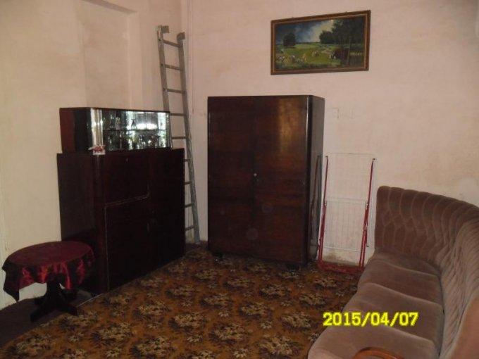 vanzare apartament semidecomandat, zona Ultracentral, orasul Arad, suprafata utila 50 mp