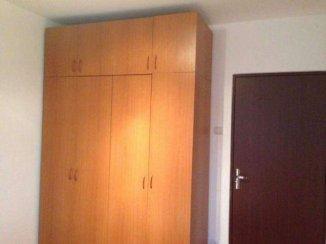vanzare apartament semidecomandat, zona Poetului, orasul Arad, suprafata utila 45 mp