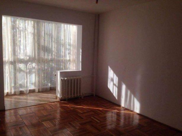 Arad, zona Poetului, apartament cu 2 camere de vanzare