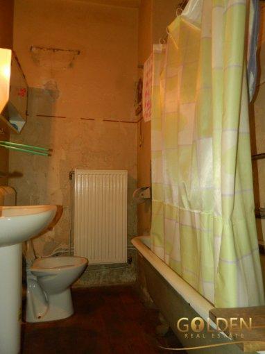 vanzare apartament semidecomandat, zona Ultracentral, orasul Arad, suprafata utila 53 mp